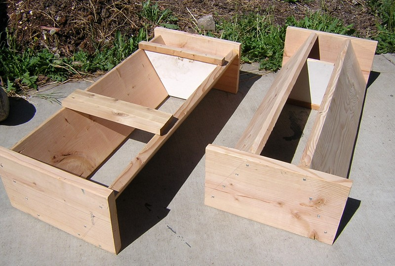 Top bar hive - How to build a beehive in easy steps ...